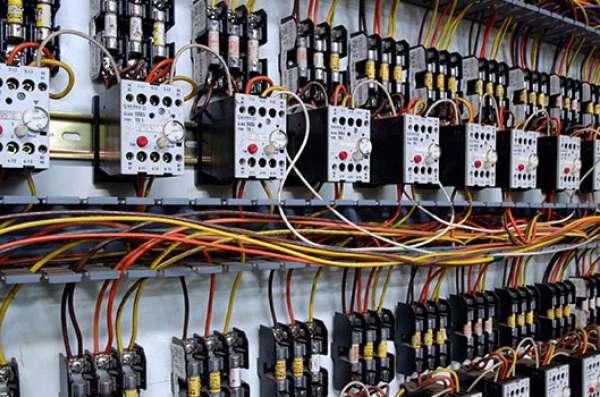 Elektrotechnici in de industrie