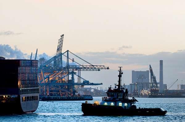 Elektrotechnici in de maritieme en offshore sector